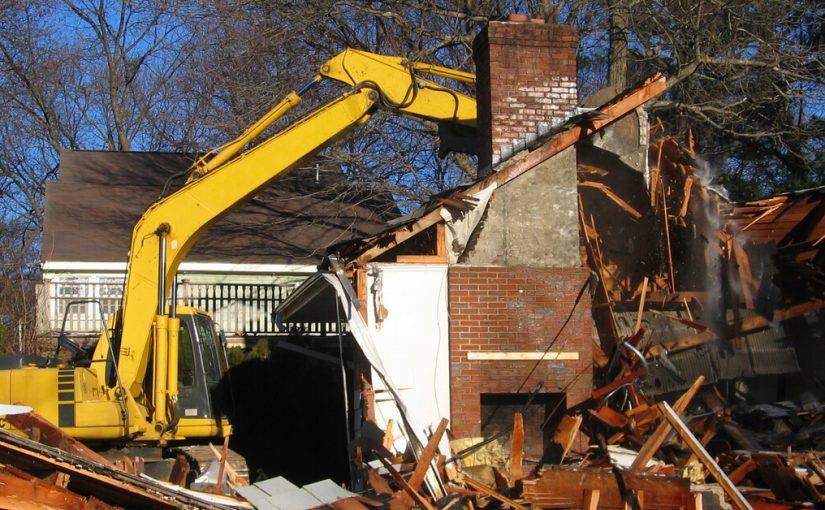 The Steps in Demolishing an Older House