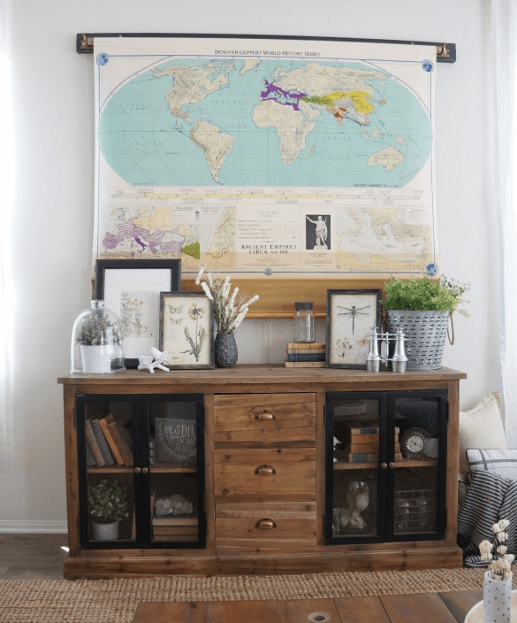 covering flatscreen tv with map
